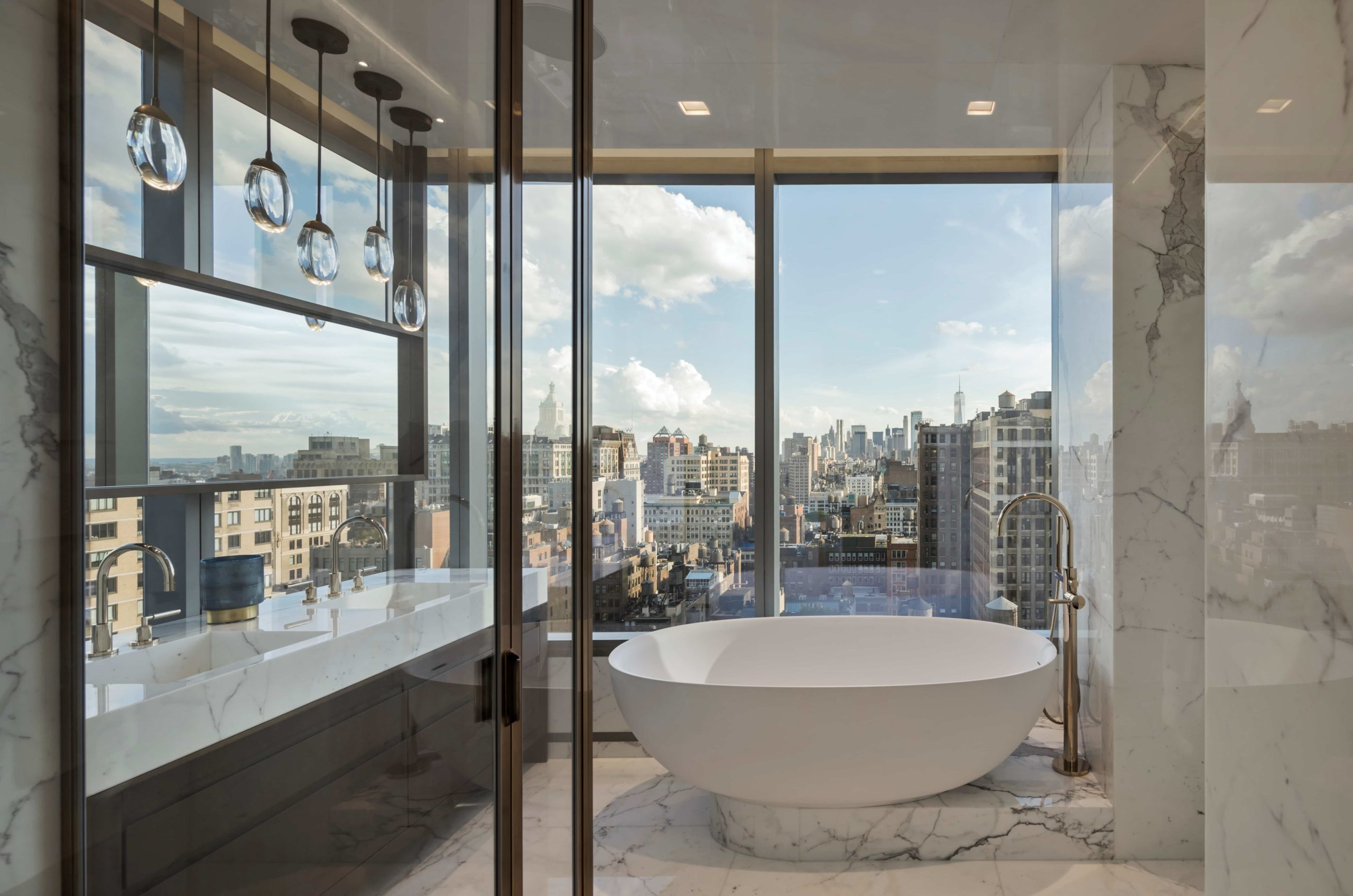 Bath tub overlooking city